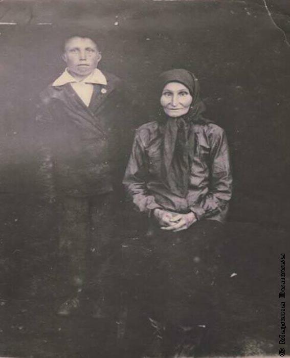 Александр с мамой Натальей Егоровной