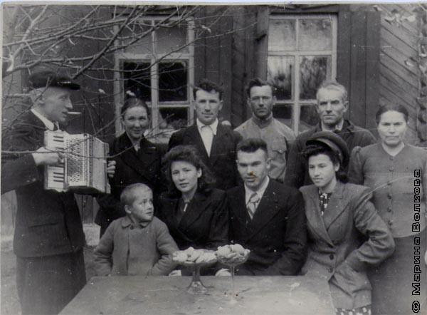 Семья Буряковых с друзьями