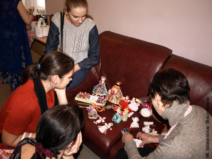 День благодарения кукольника