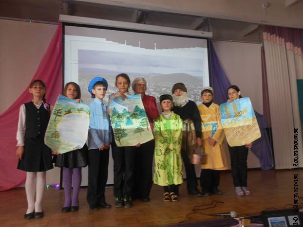 Участники литературного праздника по творчеству Ю. Подкорытова