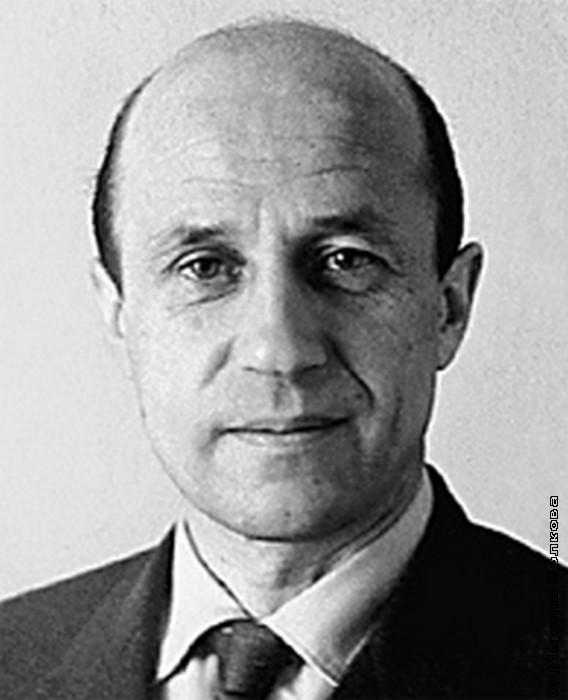 Анатолий Дементьев