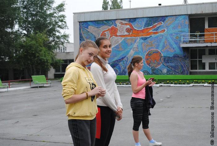 С лёгкой подачи Ивана Маслова представляю Вашему вниманию новую команду: «Акулы Константина Николаевича»!