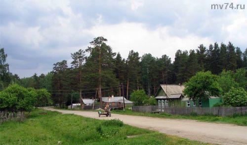 Центральная улица деревни Аракуль