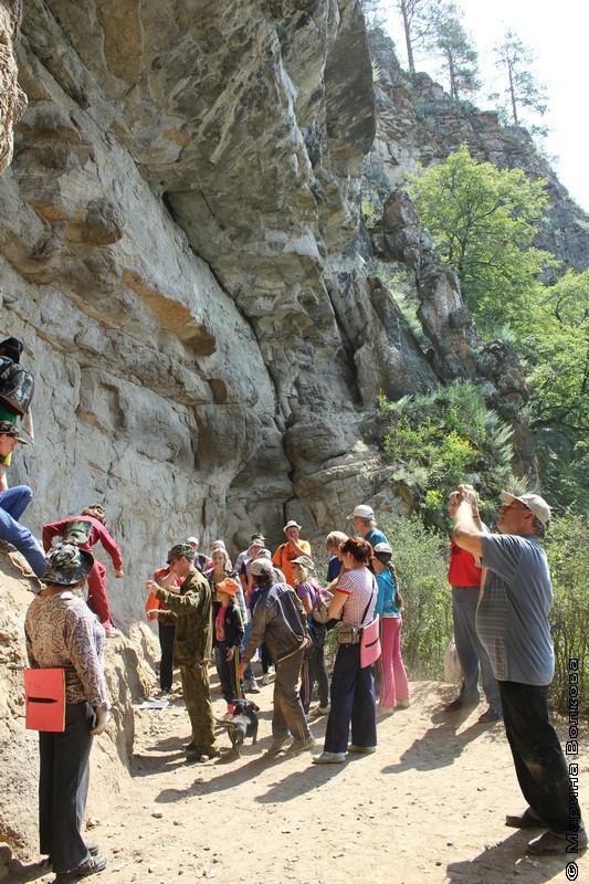 В пещерах притесов реки Ай, Саткинский район Челябинской области