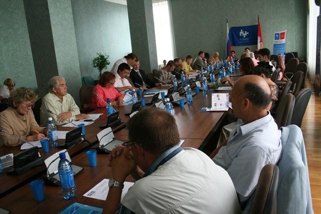 "Круглый стол к 10-ю ""Голос"""