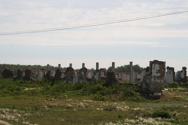Развалины фермы в Азналино