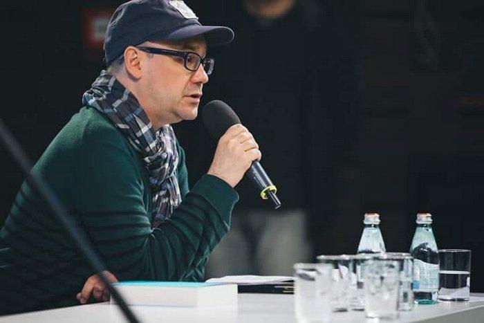 Неделя поэта Дмитрия Голынко-Вольфсона