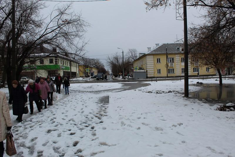 Улица Бажова, площадь Бажова и ДК Бажова в поселке Бажово
